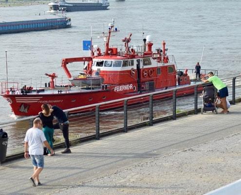 2140-joh Feuerlöschboot