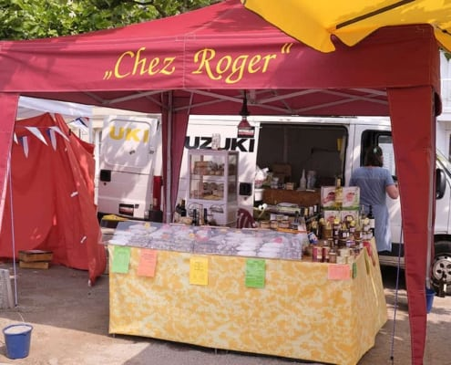 2142-kej Stand Chez Roger